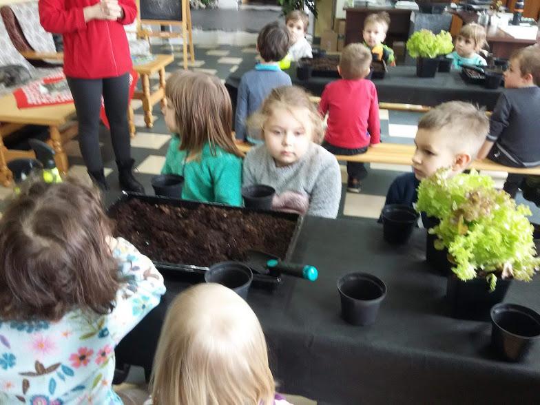 jasełka w wykonaniu dzieci